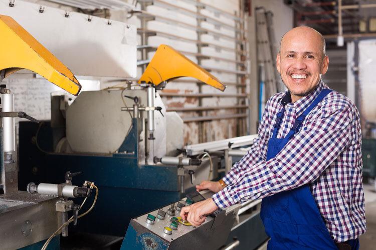 Sicherheit und CE-Kennzeichnung von alten und gebrauchten Maschinen - wann liegt eine wesentliche Veränderung vor?